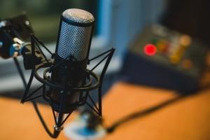 Fragen beim Mikrofon kaufen